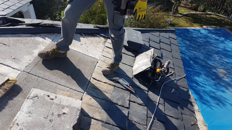 Reparación de la base en tejado de pizarra