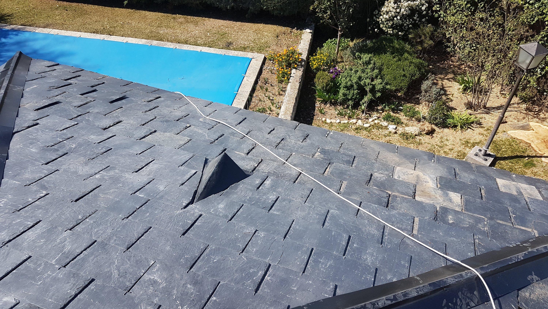 Cómo arreglar un tejado de pizarra en Madrid